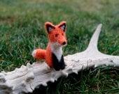 Felted fox, fox miniature, miniature animal, fox, cake topper, natural wool toys, wild animals miniature, orange fox, cute fox