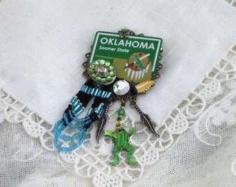 OKLAHOMA PIN -  Sooner  State -  Mini Statement Plate - WESTERN Jewelry