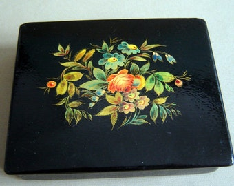 Vintage  Old 1960s Russian  USSR LACQUER Papier Mache Hand painted Jewelry BOX Flowers