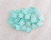 20pcs - Mint Green Faceted Square Glass Flatback Decoden Cabochon (10mm) GLQ10001