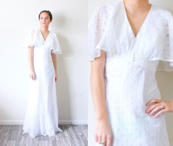 Vintage Boho Wedding Dress // Shabby Chic // Eyelet Dress