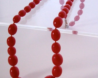 Mid Century Jewelry Red Egg Shape Beaded Necklace 1960s