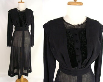 Edwardian Dress. Antique Dress. original vintage 1800s 1900s Black Edwardian Mourning Dress. Cotton Velvet Silk Lace size 0 XS