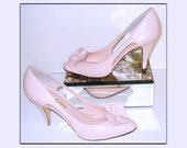 Vintage Stiletto Heels  .Pink Leather . Mad Men Rockabilly Swing Pinup Bombshell Garden Party Office Wedding Designer Dress