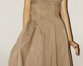 Vintage 1950s Dress. Bolero. Early 1950s. Swing. Full Skirt. Taupe Beige. Small Medium