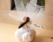 Flower wedding favors | Seed bomb wedding favors | plantable wedding favours | light brown favours | Wedding guest gifts | Wedding favours