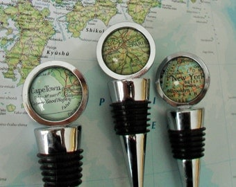 CUSTOM MAP Wine STOPPER / Any Location / Hostess Gift / Housewarming gift / Wedding Favor / Favour / Destination Wedding / glass bottle stop