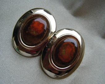 Edgar Begere Cabachon Clip Earrings// Oval Goldtone// Brown // Vintage signed Jewelry