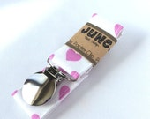 Pacifier Clip, Binky Clip, Paci Clip, Toy Leash in Pink Hearts