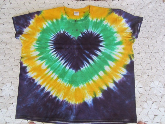 "SALE!!  Tie dye shirt, Women's 3XL- I ""heart"" the Mardi Gras- BIG DISCOUNT, 300"