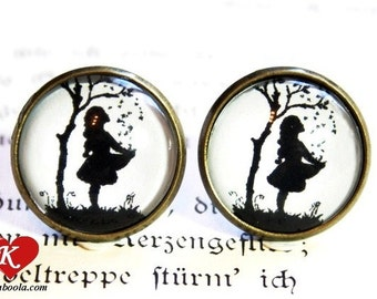The Star Money Silhouette Stud Earrings bronzecolored - fairy tale pixie black and white twin sister best friend daughter jewelry gift
