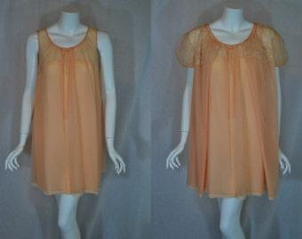 1960s Vanity Fair Peach Peignoir Set, Medium, Large, Baby Doll Length, Double Nylon