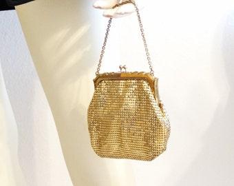Vintage Art Deco Era WHITING & DAVIS Small Gold Metal Mesh Bag Handbag