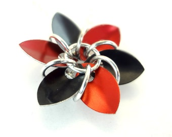 Red And Black Dragon Scale Flower Necklace