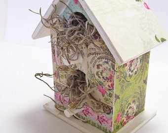 Birdhouse Mini Encircled Flowers Decoupaged