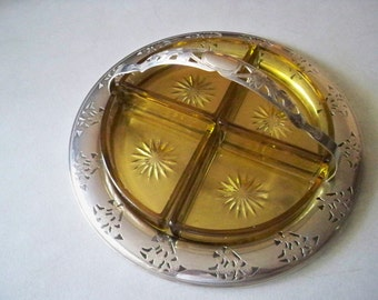 Vintage Round Shaped Metal Serving Tray With 4 Sectional Glass Dividers