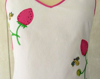 vintage 80s white dress appliqued strawberry bee shift dress 8 b34 c j laing  south hampton must have dress
