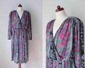 Vintage 1970's Dress - Vintage Floral Poly Dress - Faux Wrap Dress - Size L