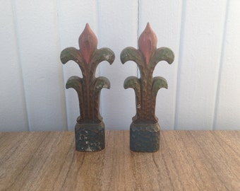 Vintage Fleur De Lis Hardware / Vintage Salvage/ Vintage Patina / Vintage Supply / Vintage Home Decor