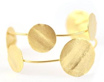 Gold Cuff Bracelet, modern bracelet, gold cuff bracelet, cuff bracelet, cuff bracelet gold, gold urban bracelet, urban cuff, golden cuff
