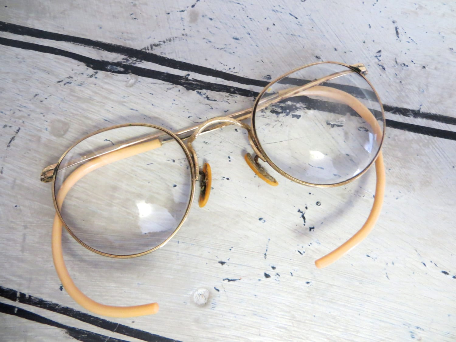 Antique Wire Rim Glasses Old Glass Eye by VintageShoppingSpree