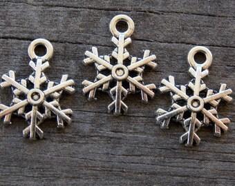 25 Silver Snowflake Charms 17mm Nickel Free