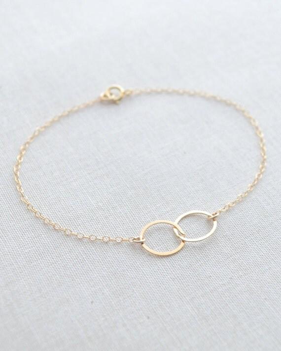 Double Circle Bracelet, Minimal Bracelet, Linked Circles Bracelet, Connected Circles Bracelet, Dainty Bracelet, Olive Yew -  2108