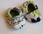 Butterflies Cotton Baby Booties Size 0-3months