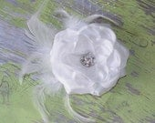 Romantic Vintage WHITE Wedding Hair Piece, Wedding Fascinator head piece, Bridal Hair Flower Clip / Hair Flower special occasion