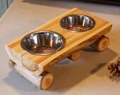 Kitty cafe - Cat feeder - Log decor - Pet bowl - Pet feeder - Rustic home decor