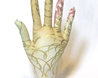 Golden Anastasia Mum Fabric Hand Jewelry Display REGULAR WristStyle HAND-Stand
