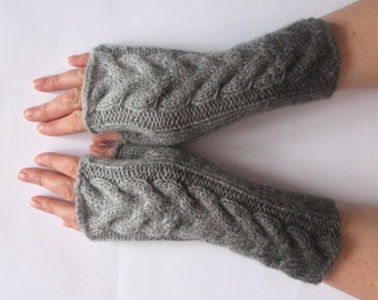 Fingerless Gloves Gray wrist warmers