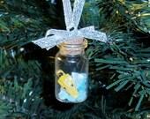 Breaking Bad Christmas Ornament Bottle full of Breaking Bad Real Prop Fake Meth Mini Charm 3