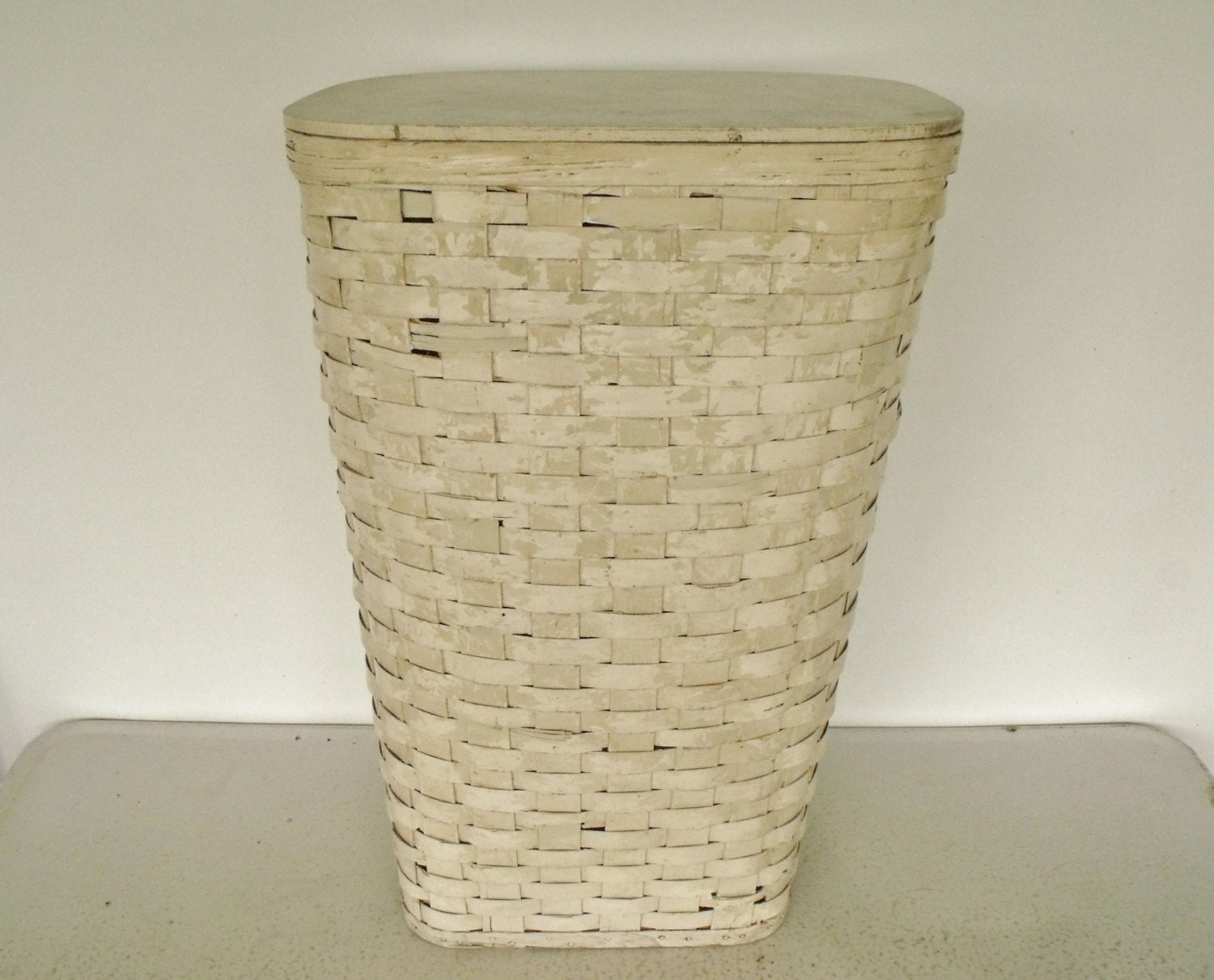 Early Laundry Hamper Splint Wood Red Man Clothes Basket Woven