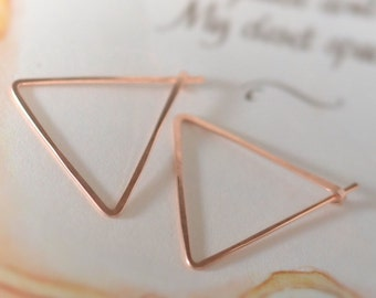 rose gold earrings. gold hoop earrings. rose gold triangle hoop. modern simple earring. hammered gold silver earrings. rose gold