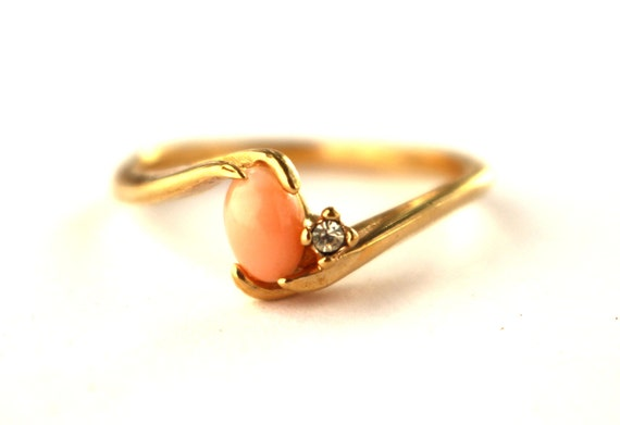 18k gold hge pale coral ring size 8