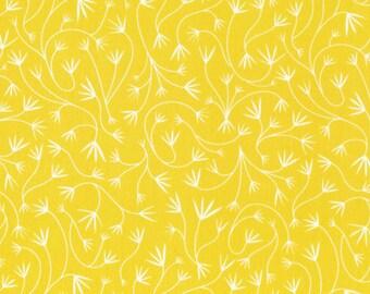 Cloud9 Organic Fabrics - Grey Abbey - Gentle Vines Dandelion 1/2 YD