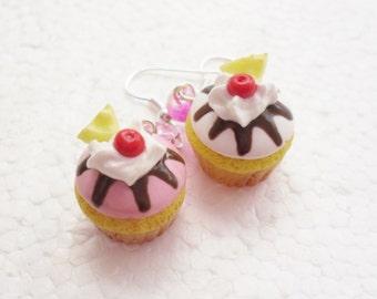 Sundae Cupcake Earrings. Polymer Clay.