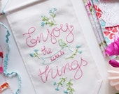 Banner template, Inspirational quote printable - Enjoy the little things - Embroidery pattern, Hand embroidery, Expressions, Banner design
