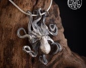Octopus pendant in sterling silver.