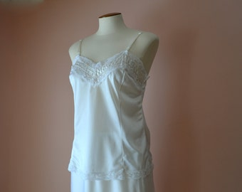 """Mel-Lin White Camisole Vintage Lingerie  3"""" Wide Lace Chevron at Chest Modern Size Small Medium -  VL344"""