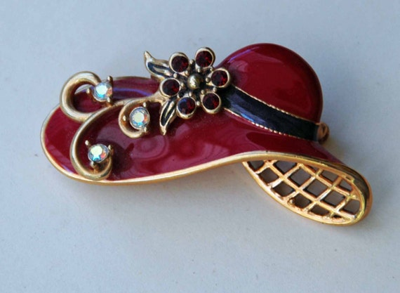 Collectible ENAMELED RED HAT Brooch w/ Gold Trim, Blue Hat Band, Flowers w/ Red and Clear Stones, Excellent Condition