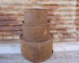 Great Set of 3 Antique Dry Measure Scoop Bins EXTREMELY DISTRESSED Rusted Weathered Flour or Grain Measure Buckets  Metal Bucket Scoop vtg