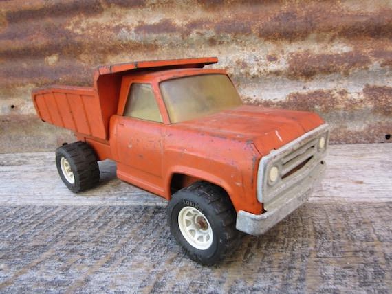 Vintage chippy rouill jouet camion tonka construction - Camion benne tonka ...