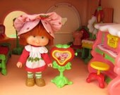 Television TV for Strawberry Shortcake Vintage Berry Happy Home Dollhouse Fun Room Furniture