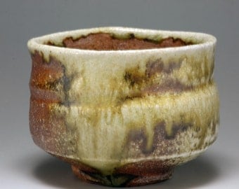 Shigaraki, anagama, ten-day anagama wood firing, with natural ash deposits tea bowl. chawan-69