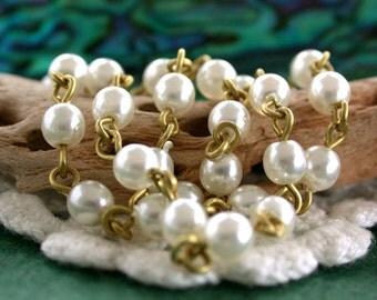 4mm Quality Czech Glass Pearl Druk Beaded Chain, Rosary Chain, Bead Chain, Jewelry Chain, White Glass Pearl Chain, Raw Brass CHN-134