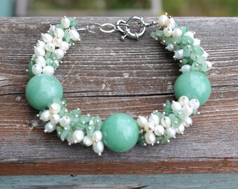 Unique Green Jade and Fresh Water Pearl Bracelet