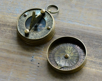 1 - Sundial Compass Calendar Pendant, Antique Brass, Nautical, Heavy Duty, Vintage Style (BA002)