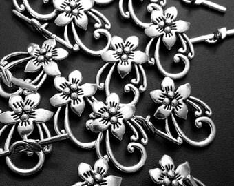 Antique Silver Tone Pendants: Flower Toggles; 2pcs